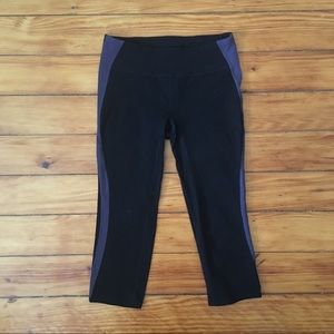 Gap Body Women Workout Leggings Cropped Black Gray